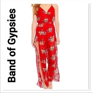 COPY - BAND OF GYPSIES Red Floral Romper size Sma…